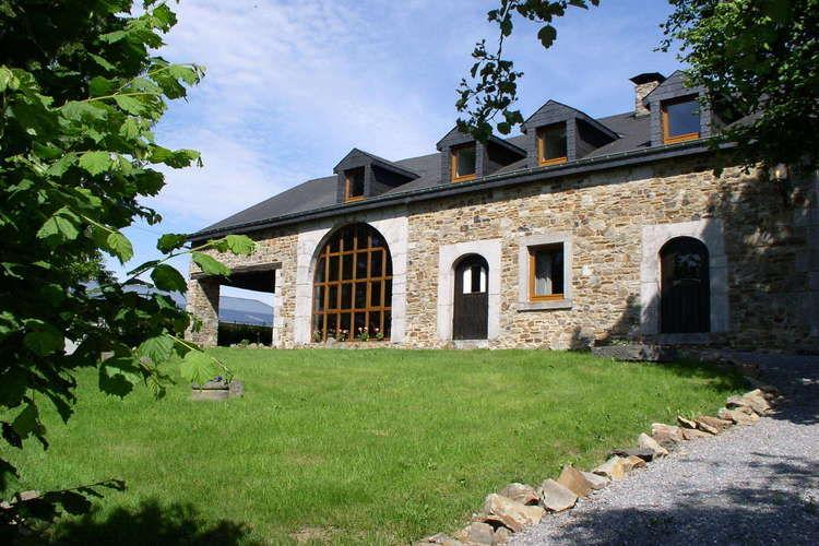 Yvani La Roche-en-Ardenne Luxembourg Belgium