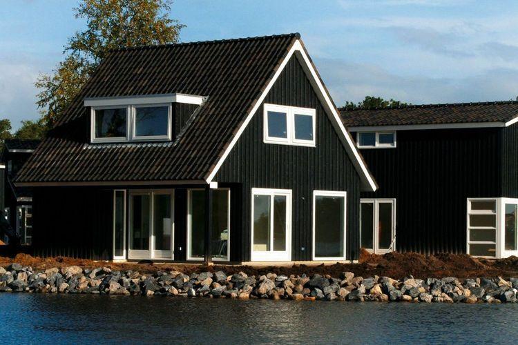 Waterpark Oan e Poel Terherne Friesland Netherlands