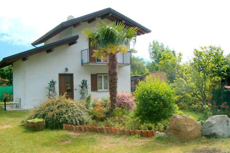 Residence Oasi dei Celti Casa Alex Sorico Lake Como Italy