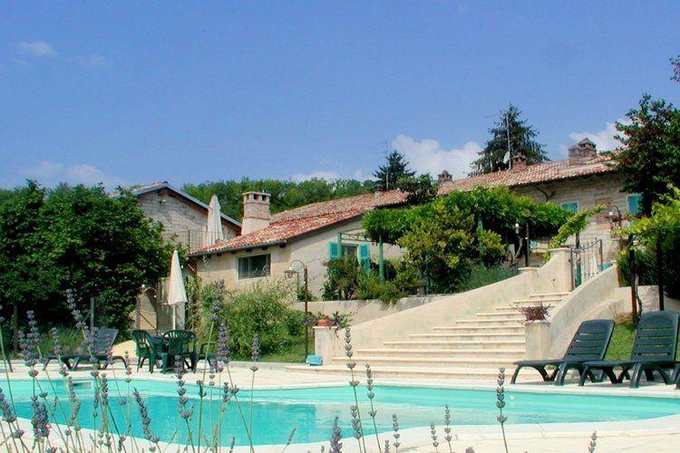 Glicine Camino Monferrato Piedmont Italy