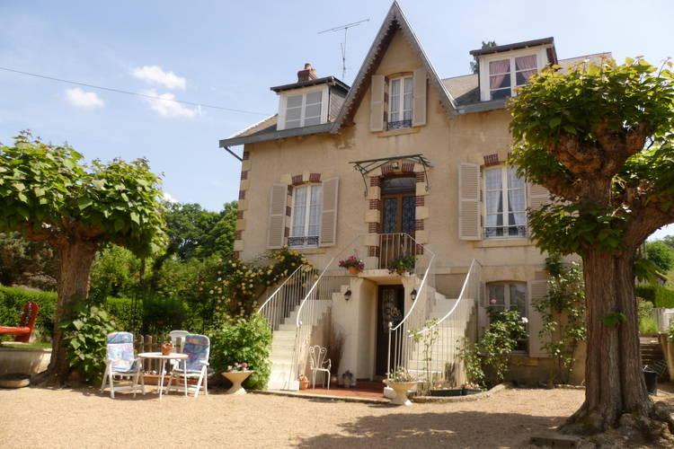 Les Buissonnets A Saint-Honore-les-Bains Burgundy France