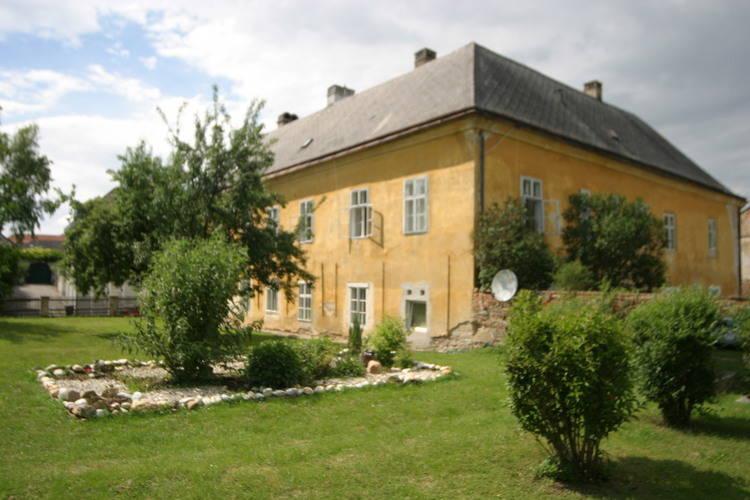 Hohe Schule Niederosterreich Loosdorf Vienna Austria