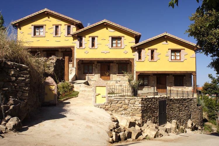 Casas Rurales Acebuche Casas Del Monte Extremadura Spain