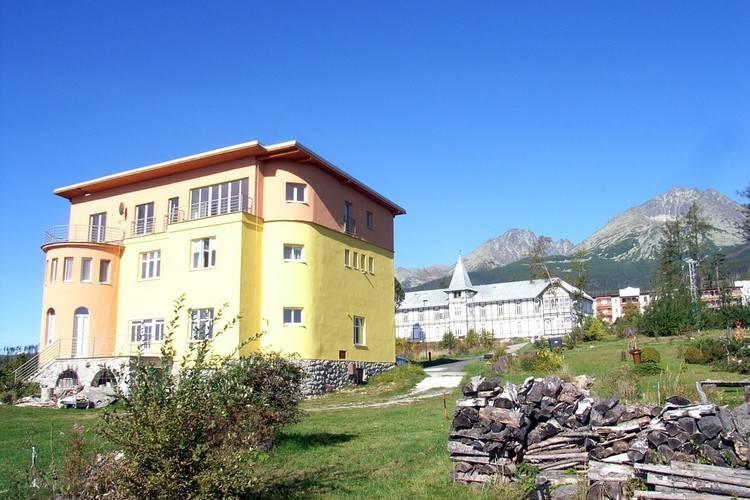 Chloe Stary Smokovec Mountains Slovakia