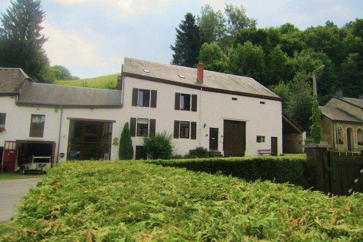 La Maison de Chassepierre Ardennes Florenville Luxembourg Belgium