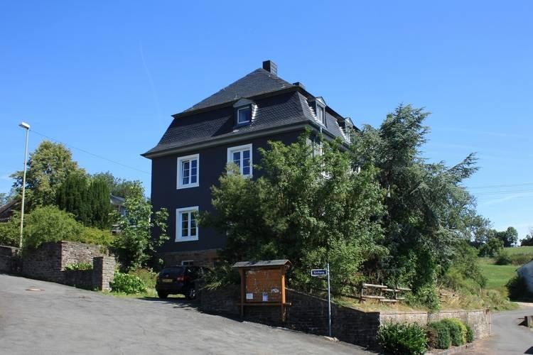 De nieuwe Pastorie Weinsheim Gondelsheim Eifel Germany