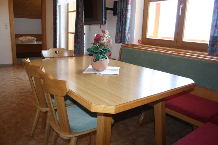 Birgit - Apartment - Wagrain - Dining Room