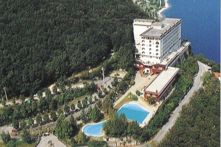 Belvedere sul Lago Valbrona Lake Como Italy